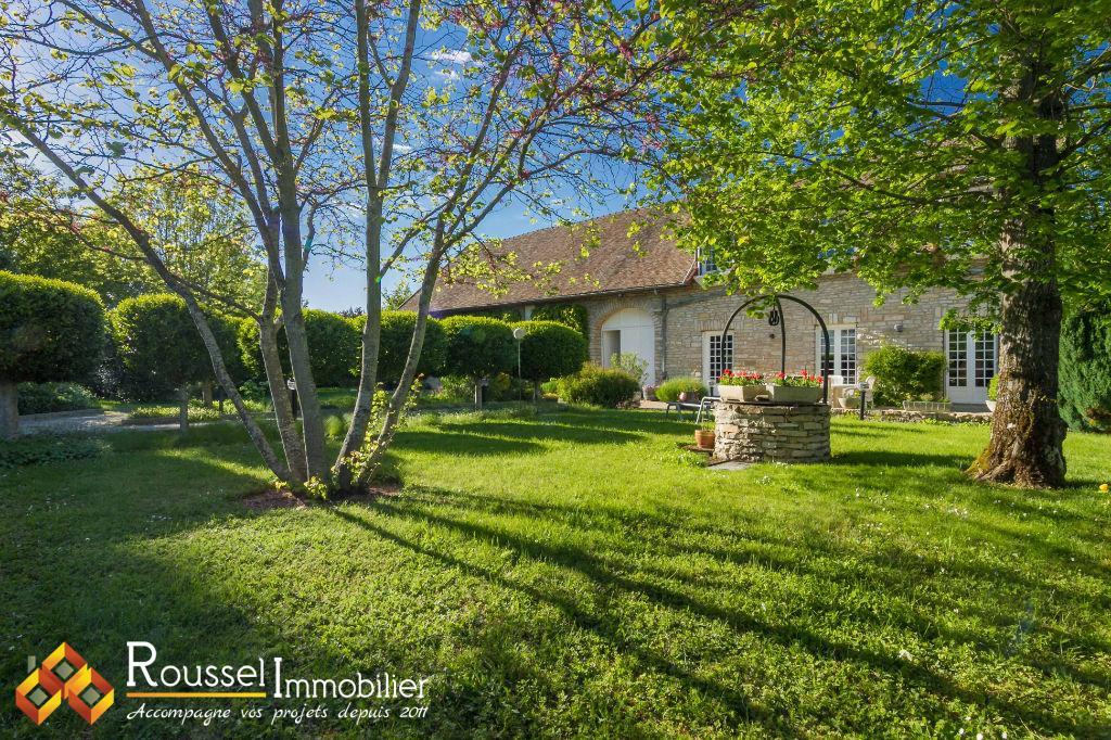 Montagny-Lès-Beaune - cachet et authenticité - maison en pierre