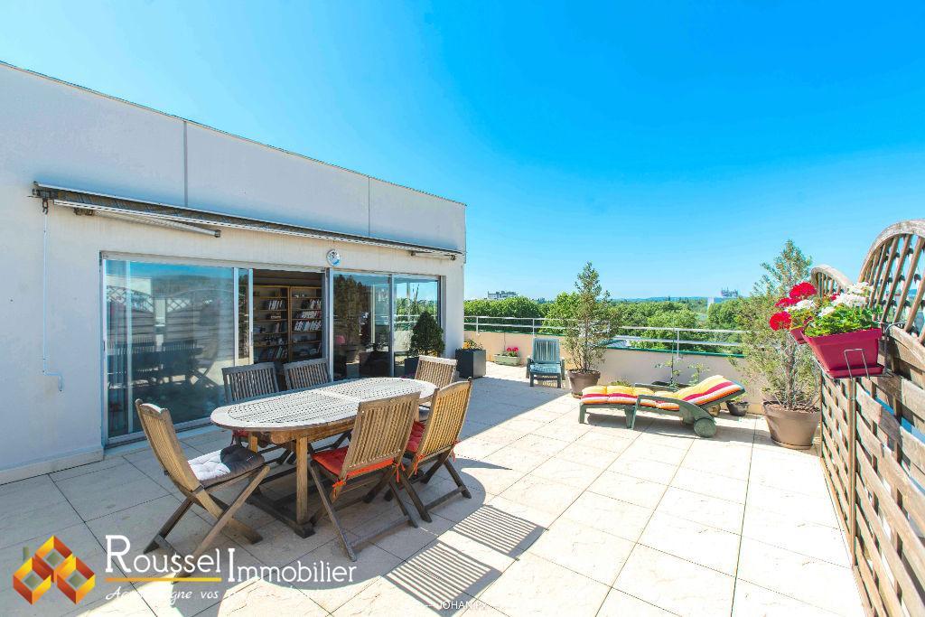 Rare à Beaune, Avenue Charles de Gaulle - appartement de type 4 de 108 m2 - terrasse de 54 m2 - garage et cave